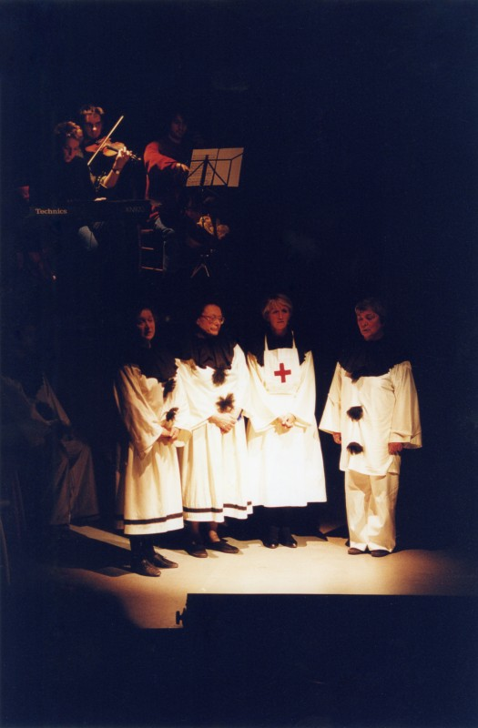 Oh, What a Lovely War!, by Joan Littlewood, directed by Andrew Hamllin, 21-26 February 2000. Wendy Mertens, Sheila ?, Sue Riches and Barbara Green.