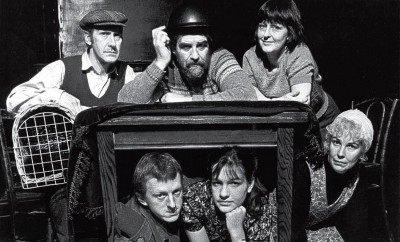Press photo of cast: Geoff Green, Vaughan Leslie, Ron Suthers, Justine Thomas, Pat Schofield, Arlene Duffy