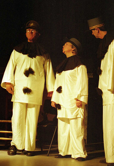 Oh, What a Lovely War!, by Joan Littlewood, directed by Andrew Hamllin, 21-26 February 2000.
