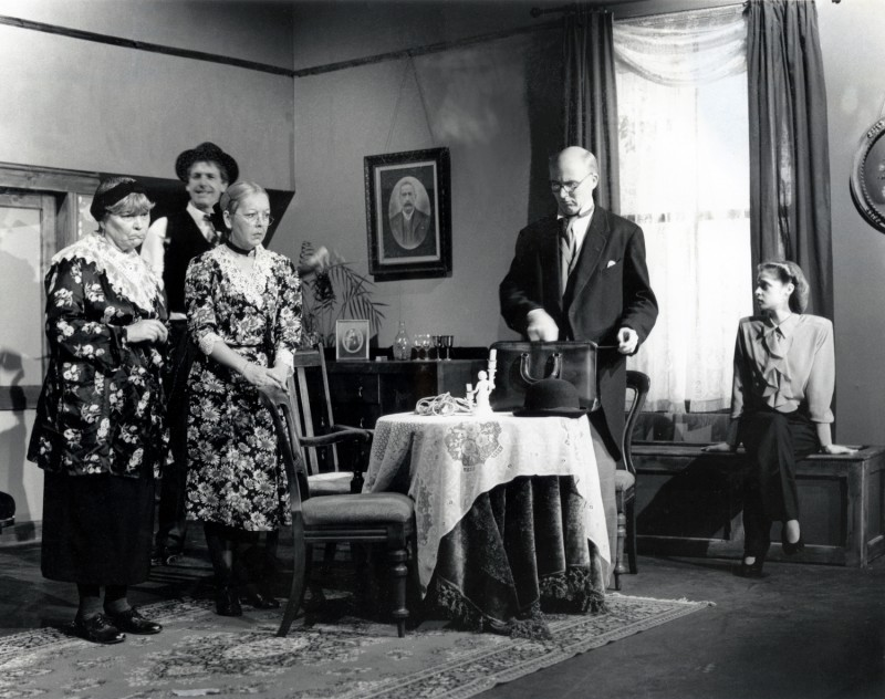 Arsenic and Old Lace, 1994