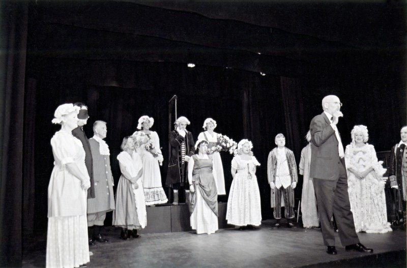 A Chorus of Disapproval, by Alan Ayckbourn, directed by Steve Hirst, 26 November-1 December 2001.