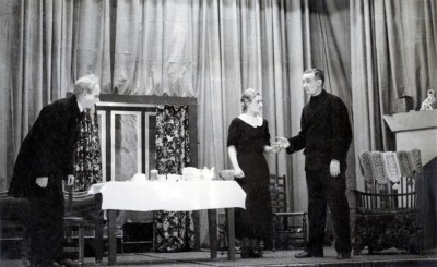 If Four Walls Told, 1937